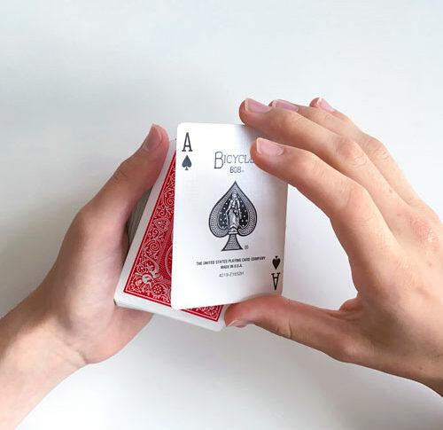 Einfacher Kartentrick: Ambitious Card Routine