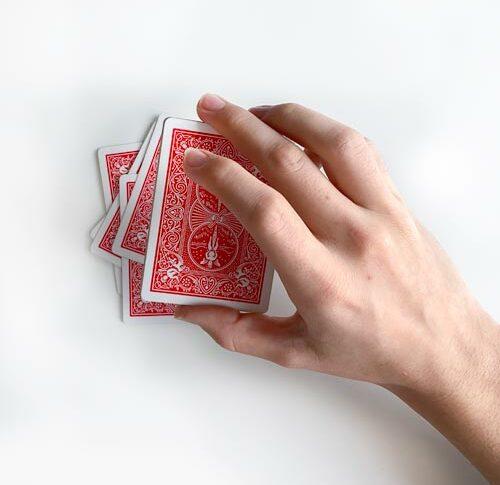Mathematischer Kartentrick: Drei mal abheben