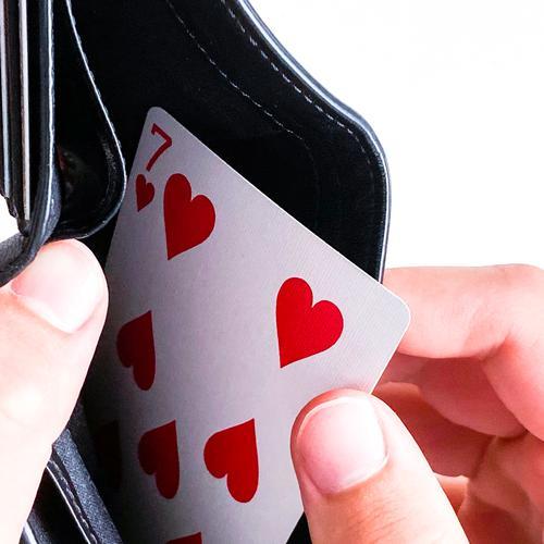 Herz Sieben im Portemonnaie